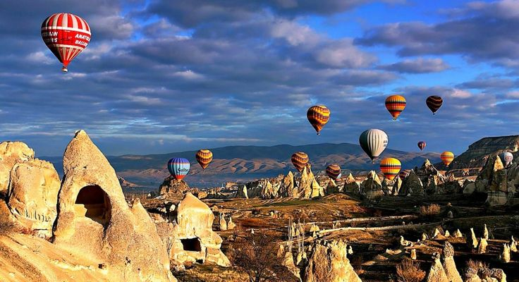 hot air balloons over cappadocia turkey i m anxious to visit cappadocia and other places in turkey i ve only been to istanbul kusadasi ephesus but i