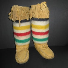 Hudson Bay Point Blanket MB First Nation Inuit / Metis Auth. Mukluks Size 9 Wom.