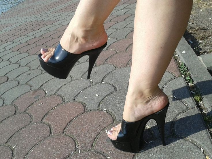 549 Best Dangling Amp Mules Images On Pinterest Sexy Feet