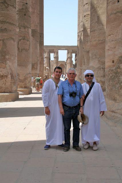 Columnata procesional de Amenofis donde están grabadas las escenas de la Fiesta anual del Opet, que era una complicada fiesta en la que cada año el faraón volvía a deificarse a través de su nuevo alumbramiento por la Diosa Mut.