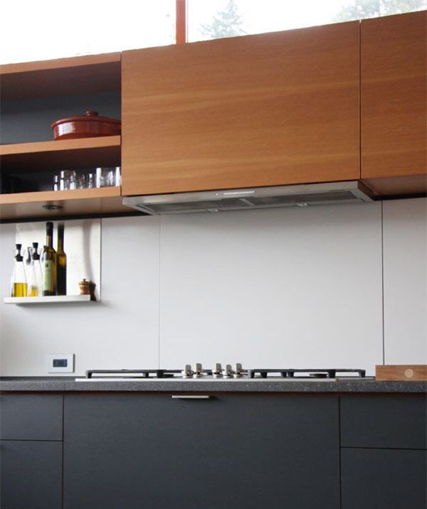 Henrybuilt Modern Kitchen Cabinets Nice Colors And Open Shelves No Stove Backplate