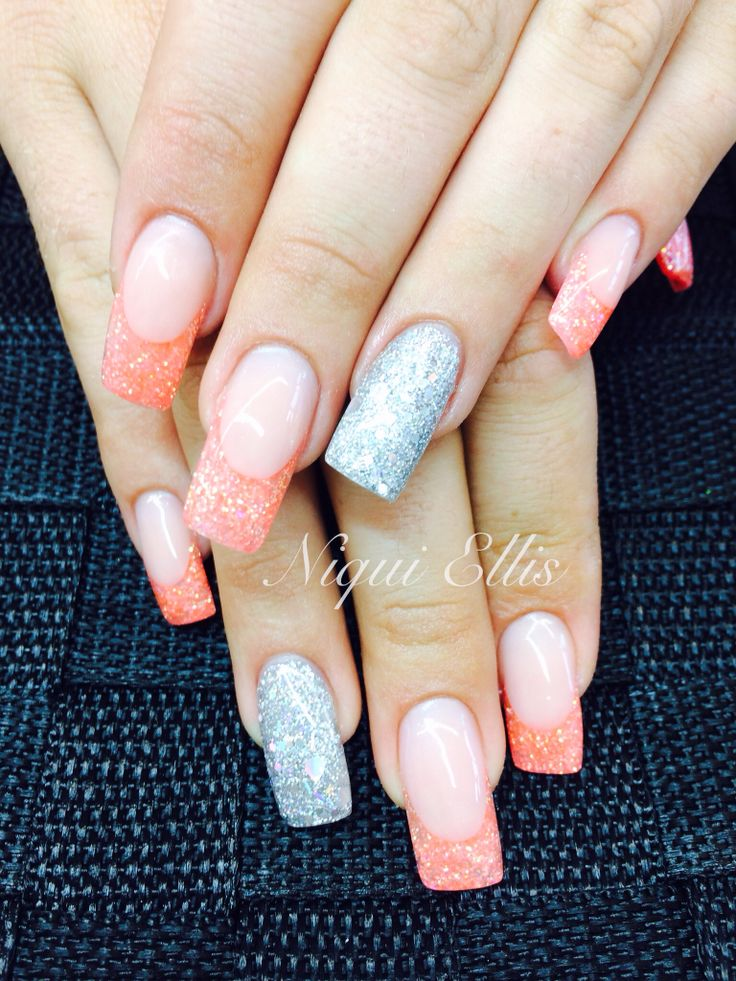 Long frenchies with feature nail
