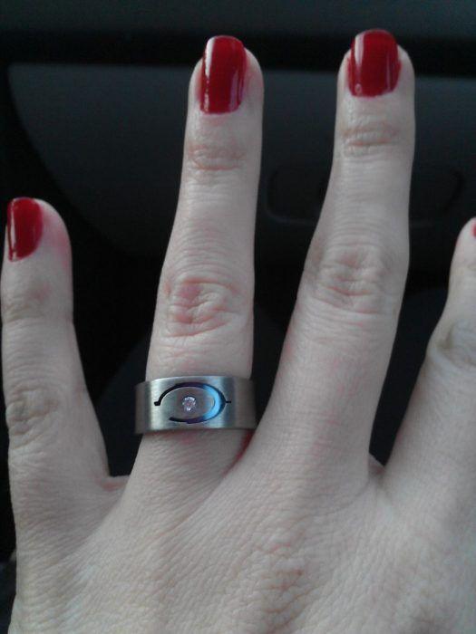 anillo de compromiso de halo