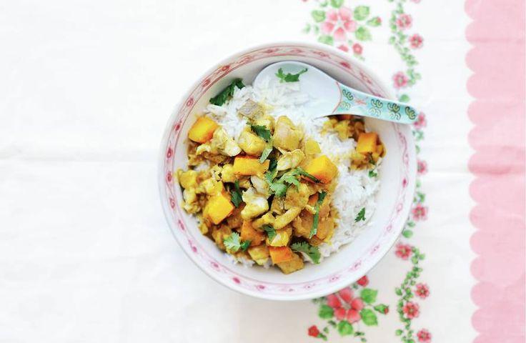 Kijk wat een lekker recept ik heb gevonden op Allerhande! Indiase viscurry met pompoen