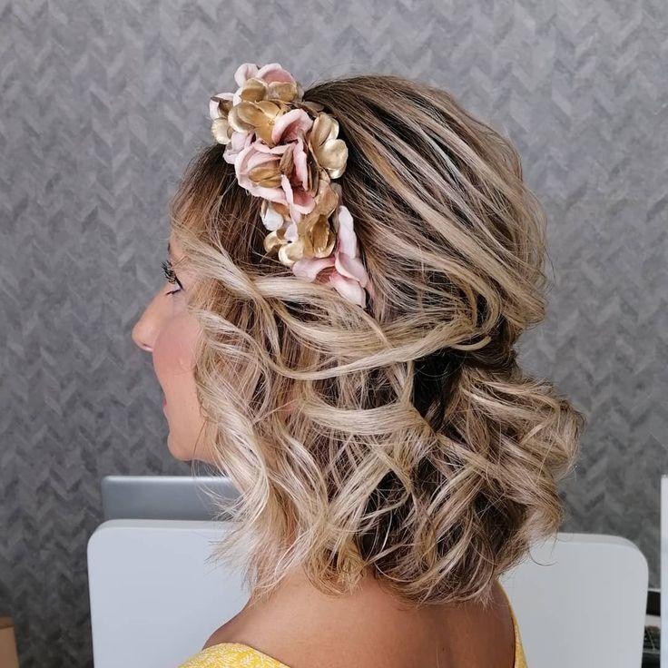 Fabuloso peinados invitada boda media melena Galería de cortes de pelo tutoriales - Semirecogido en melena midi 💛 @mariamy_85 #weddinghair # ...