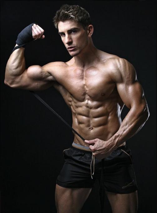 les 81 meilleures images du tableau les muscles sur pinterest hommes chauds hommes sexy et. Black Bedroom Furniture Sets. Home Design Ideas