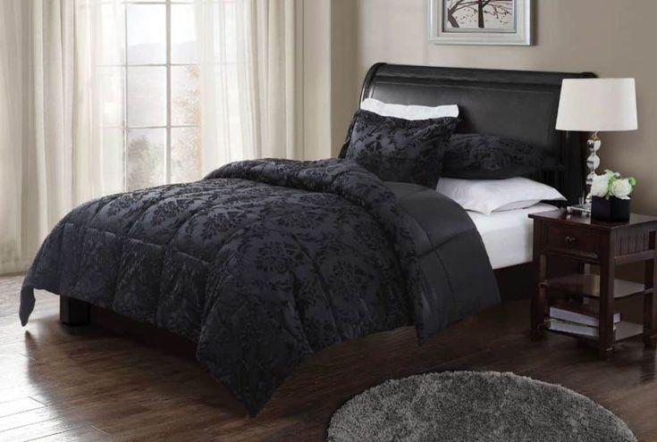 Stylish And Elegant Black Comforter For Your Bedroom