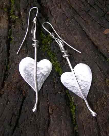 silver leaf earrings http://www.silverandstone.co.uk/html/silver_heart_leaf_earrings_07.html