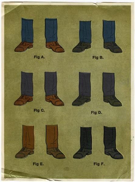 Какого цвета носки надевают под синие брюки