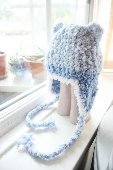 0 to 3m Newborn Boy Baby Bear Trapper Hat in fluffy soft blues and white. Handmade with love by Babamoon :)