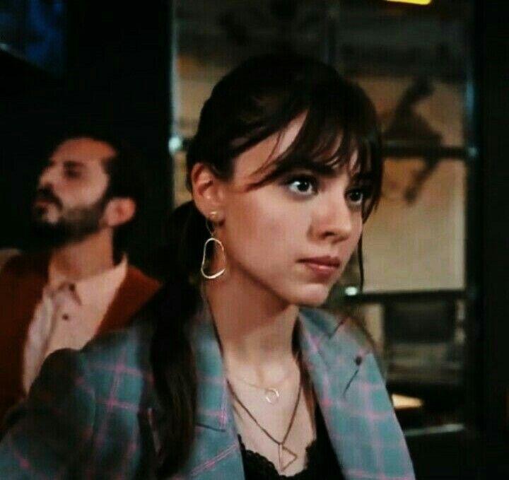 Pin By Agnes Gina Isaacs On Aslihan Turkish Actors Actors Actresses