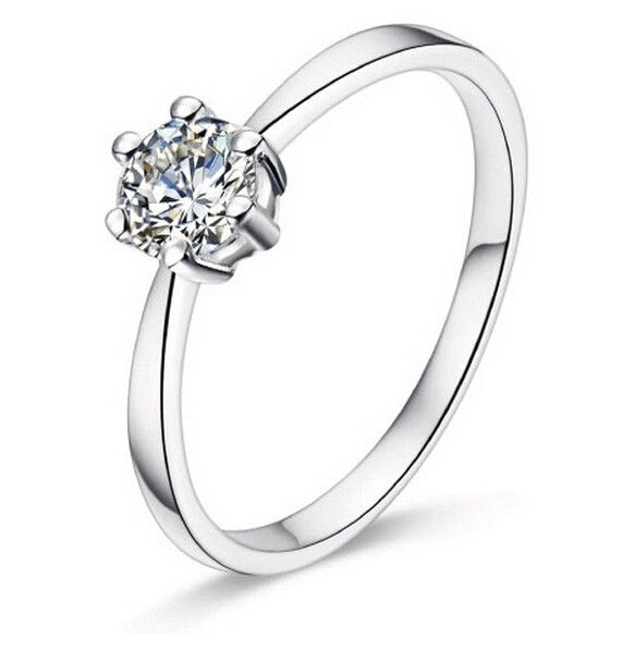 Round Solitaire CZ in 925 Sterling Silver Ring