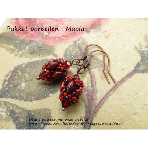 Pakket : Oorbellen Maola