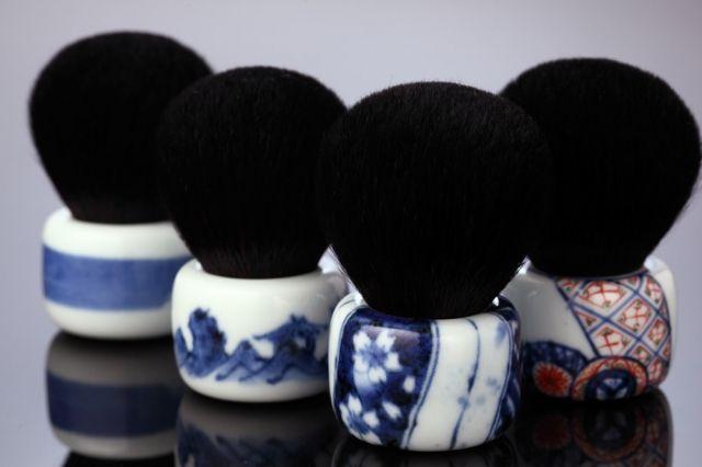Jimon Watsunagi, Makeup Brush - Japanese Ceramics