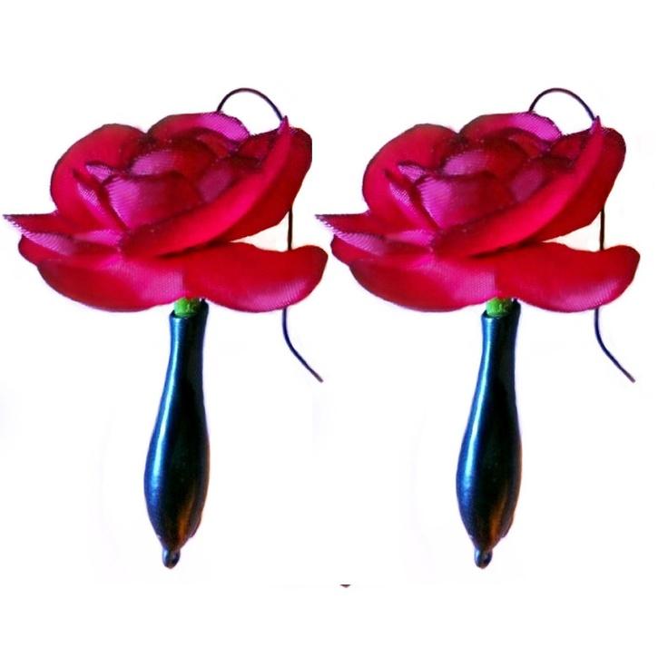 Fresh flower holding earrings...so cool!: Fresh Flower