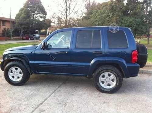 Vendo Jeep N Cherokee Ltd 3.7 Año 2004 4x4,papeles Al Dia. Autos Usados en V (A) - Roodos Chile