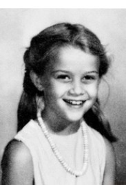 """This cute smiling face of this little girl is an American actress, film producer, and television producer. Born: March 22, 1976 (age 37), New Orleans, LA Height: 5' 1"""" (1.56 m) Full name: Laura Jeanne Reese Witherspoon Spouse: Jim Toth (m. 2011), Ryan Phillippe (m. 1999–2007) Children: Ava Elizabeth Phillippe, Deacon Reese Phillippe, Tennessee James Toth recognize her?  Reese Witherspoon"""