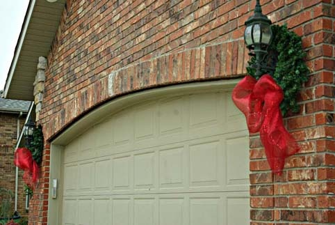 Wreaths On Garage Door Lights Holiday Decor Pinterest
