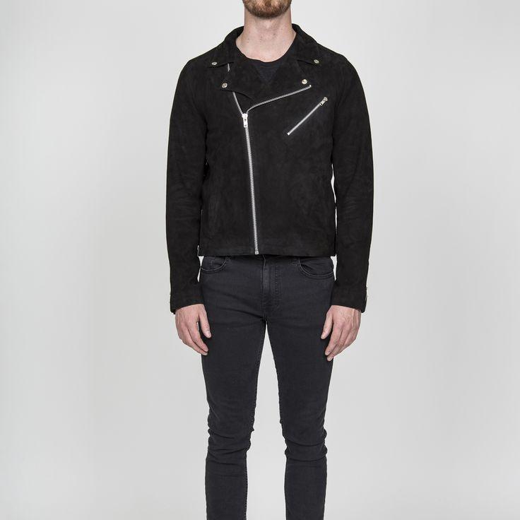 Style: 7500 black