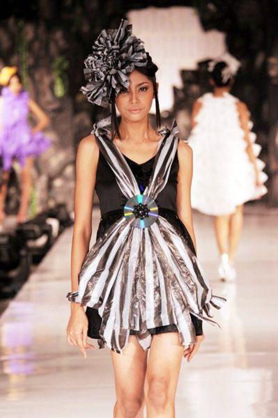 Neglect 006   #lurik #batik #silk #naturalproduct #tiedye #DIY #handmade #wearableart #ecofashion #yogya #jogja #indonesia
