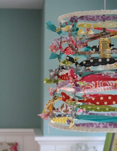 Scrappy lampshade: Ideas, Scrappy Lampshade, Lamps Shades, Lampshades, Fabrics Scrap, Lamp Shades, Diy, Girls Rooms, Kids Rooms