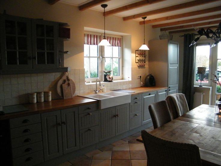 Meer dan 1000 idee n over landelijke keukenkastjes op pinterest keukenkast verbouwen kast - Welke kleur in een keuken ...