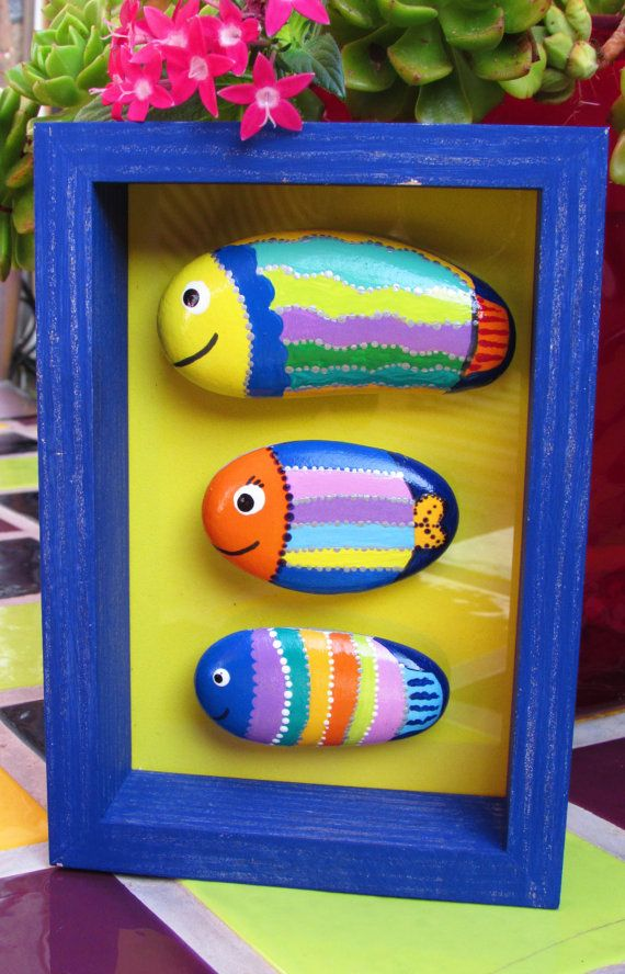 Stone handpainted fish pictures frames fish by cincolobitos
