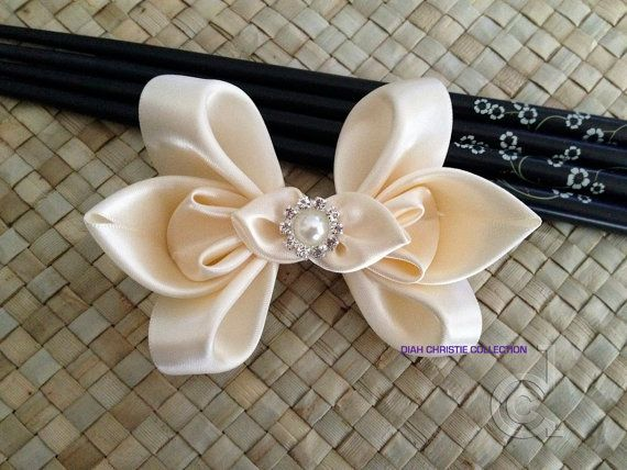 Ivory wedding fascinator, butterfly satin hair clip, bridesmaid hair accessory, flower girl elegant hair bow, bridal head piece