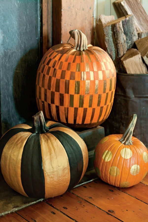 Not all gourds are destined to be jack-o'-lanterns. Transform your pumpkin with metallic paint and a creative pattern.