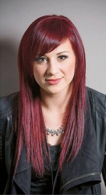 Jen Ledger, drummer and singer for Skillet. Love her haircut and colour. She's my everything goals.