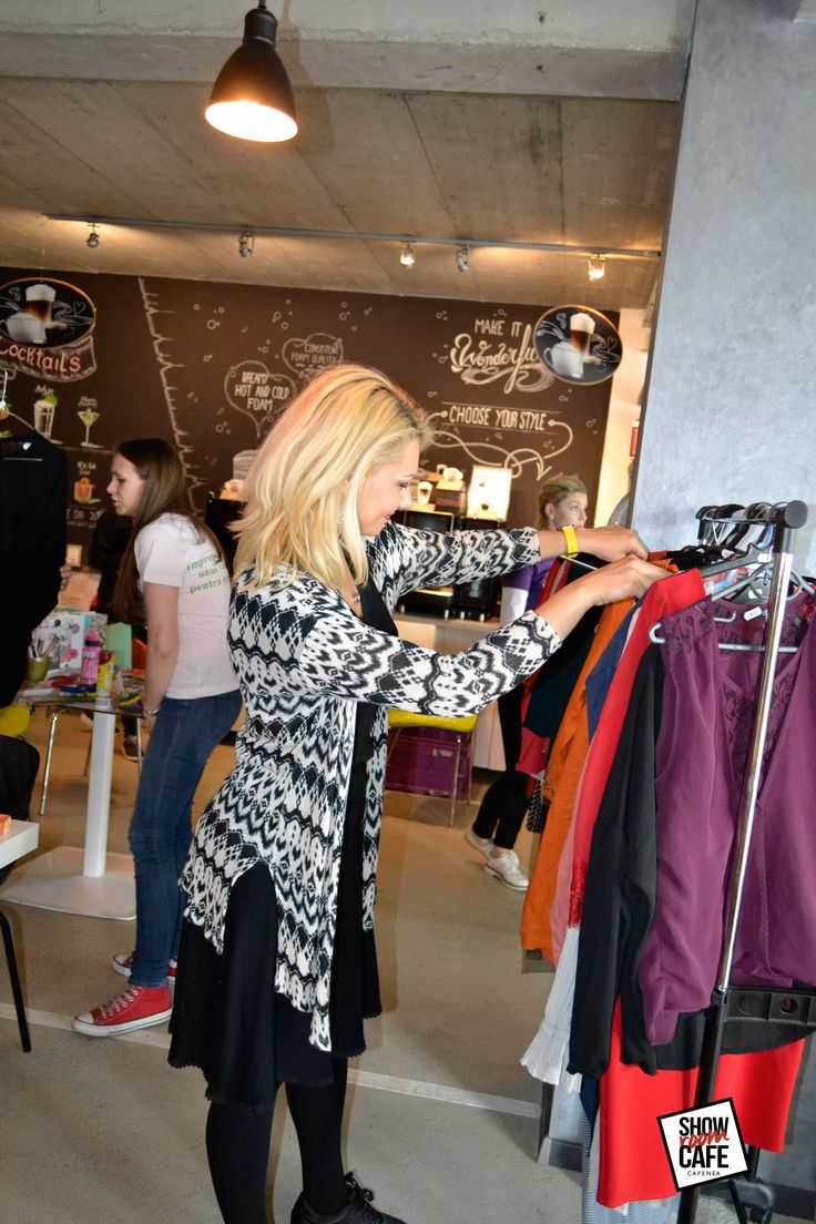 #garagesale #showroomcafe #brasov #meeting #clothes  #allsale #rtbagency #romania #clothesforsale #fashion