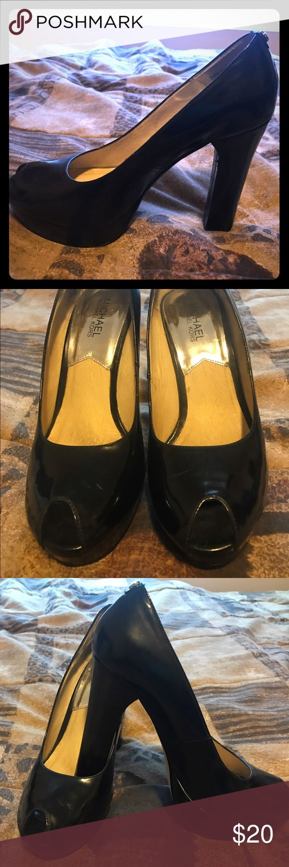 Gently worn Michael Kors shoes, size 8 These are gently worn Michael Kors shoes, size 8. Please ask me question or make me an offer. Thank you! Michael Kors Shoes Heels