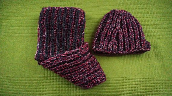 Hey, I found this really awesome Etsy listing at https://www.etsy.com/uk/listing/480293752/knitted-scarf-and-hat-duo