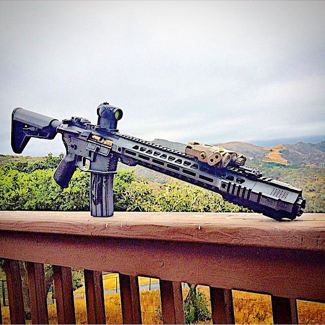 Salient Arms International GRY (AR15) Photo by @southerncrossllc