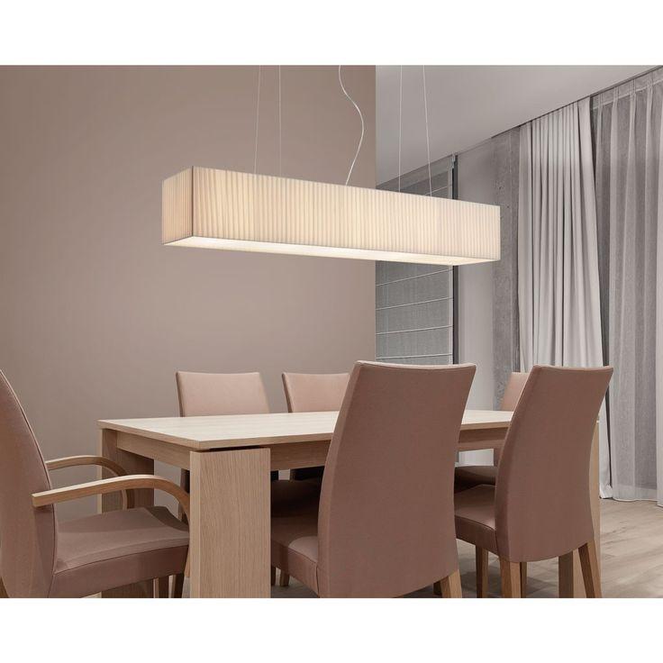 Lámpara de techo colgante Charoite, ideal para instalar encima de la mesa de comedor. Es una lámpara con la pantalla de cinta textil.