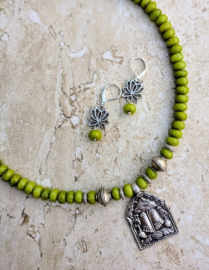 Rajasthan Hindu Deity Footprints Silver Peridot Jade Gemstone Necklace Earrings Set, Indian Religious Amulet Pendant Diwali Navratri Jewelry