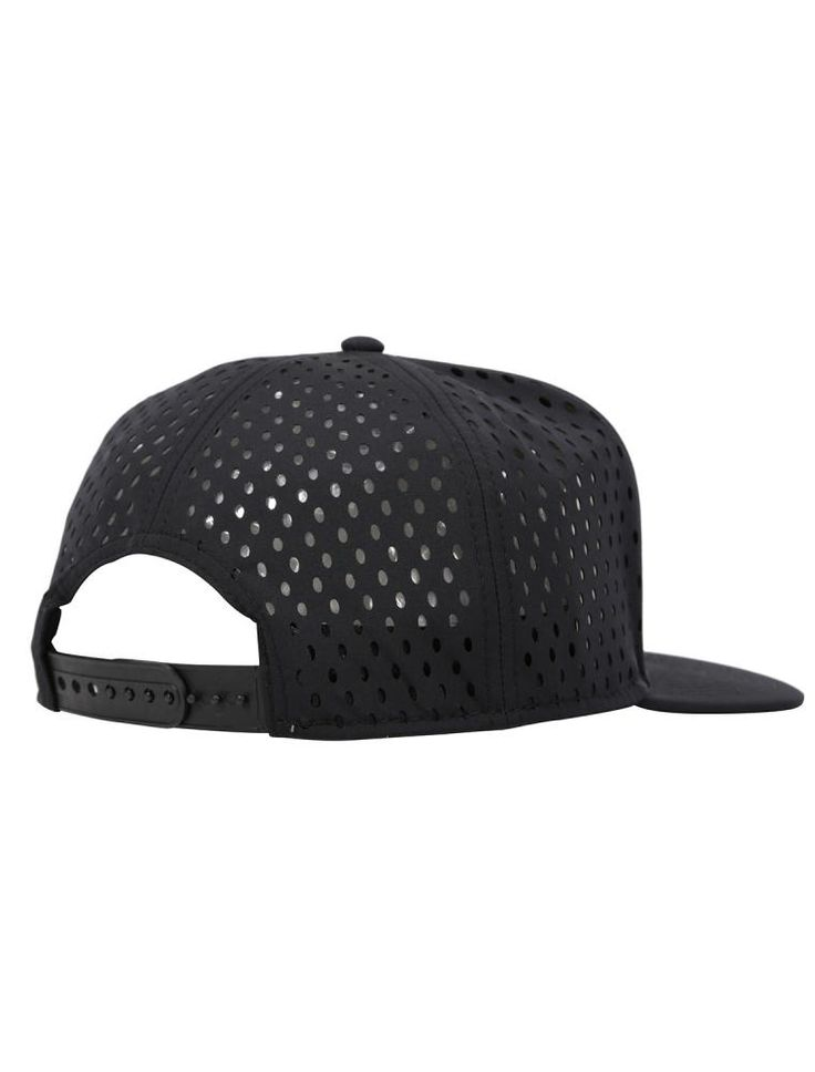 Laser Patch Snapback [black] *** IRIEDAILY SPRING SUMMER COLLECTION 2016 – MY CITY MY RULES – OUT NOW: https://www.iriedaily.de/blog/iriedaily-spring-summer-collection-2016-my-city-my-rules-out-now/