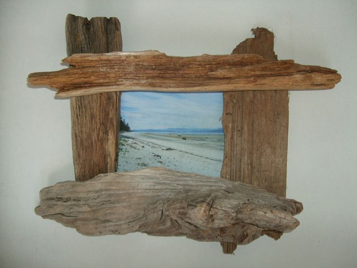 The driftwood Steve Lyons used to build this cool, beach driftwood picture frame was found on Indian Point - Savary Island, British Columbia, Canada, on Wednesday May 11, 2016 at approx. 5:00 pm. PICTURE SIZE:  7x5 is best, but you can use a 6x4 frame too. FRAME SIZE:  Top driftwood = 14 inches Right side driftwood = 10 inches Bottom driftwood = 12 inches Left side driftwood = 9 inches Depth = 3.5 inches WEIGHT:  14.5 ounces