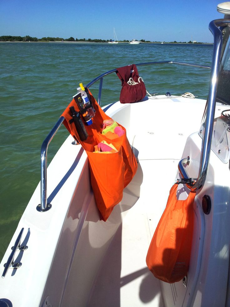 Surfmonkey Marine Storage Organizer Bags are designed of extremely durable fabric that is mold and mildew resistant. Industrial strength velcro is used to keep the bag put wherever you put it. Our bag