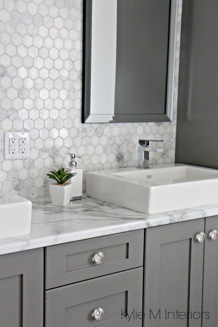 Backsplash Bathroom Bathrooms Countertop Fake Gorgeous Marble Real Tile 17 Gorgeous Bathrooms 17 Gorgeous Bat In 2020 Badezimmer Arbeitsplatten Badezimmer Und Bad Inspiration