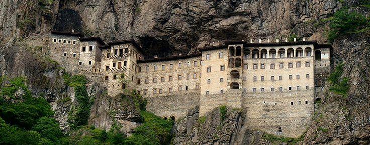 #Sumela Monastery in Turkey http://www.gezi-rehberi.com/essiz-yapisiyla-sumela-manastiri.html