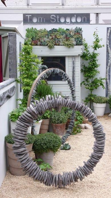 1434 best images about Garden Art 2 on Pinterest | Gardens, Bird ...
