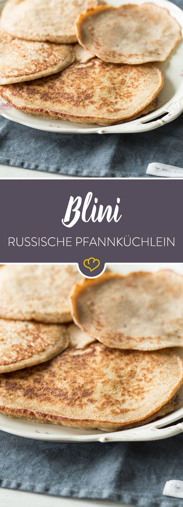 Mit Blini zeigt uns die russische Küche, was sie kann! Die osteuropäischen Eierkuchen passen zu jeder Gelegenheit und sind unglaublich vielfältig.