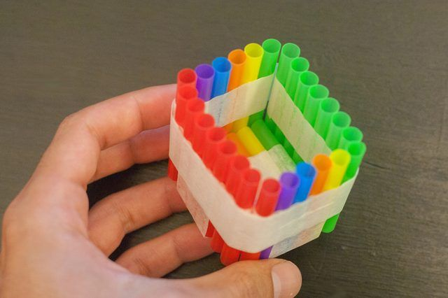 How to Build an Egg Drop Container with Straws | eHow