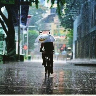 Yağmurlu günler başladı#bisiklet #bisikletsevenler #bisikletözgürlüktür #bisikletturu #bisikletliulasim #bike #bicycle #cycling #yağmur #istanbul #gezi #pedalla