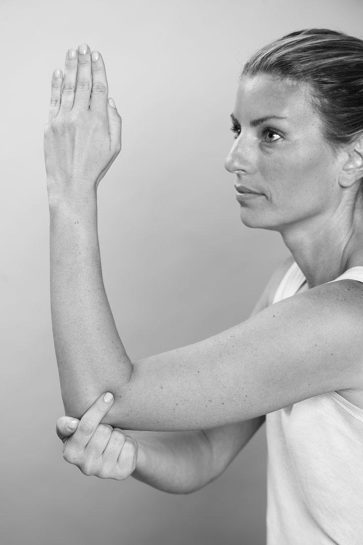 Face-lift acupressure