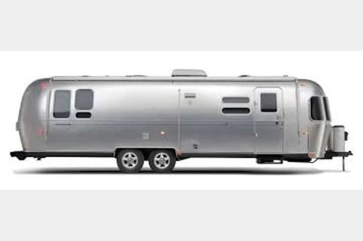 2014 AIRSTREAM FLYING CLOUD - AND COMET IS HER NAME....