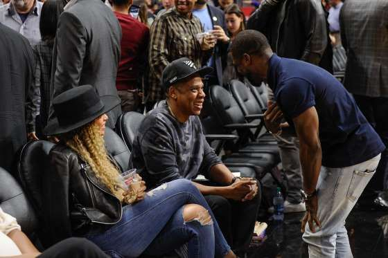 Pop Sugar-Kevin Hart Crashes Beyoncé and Jay Z's Sweet Date Night at the Clippers Game