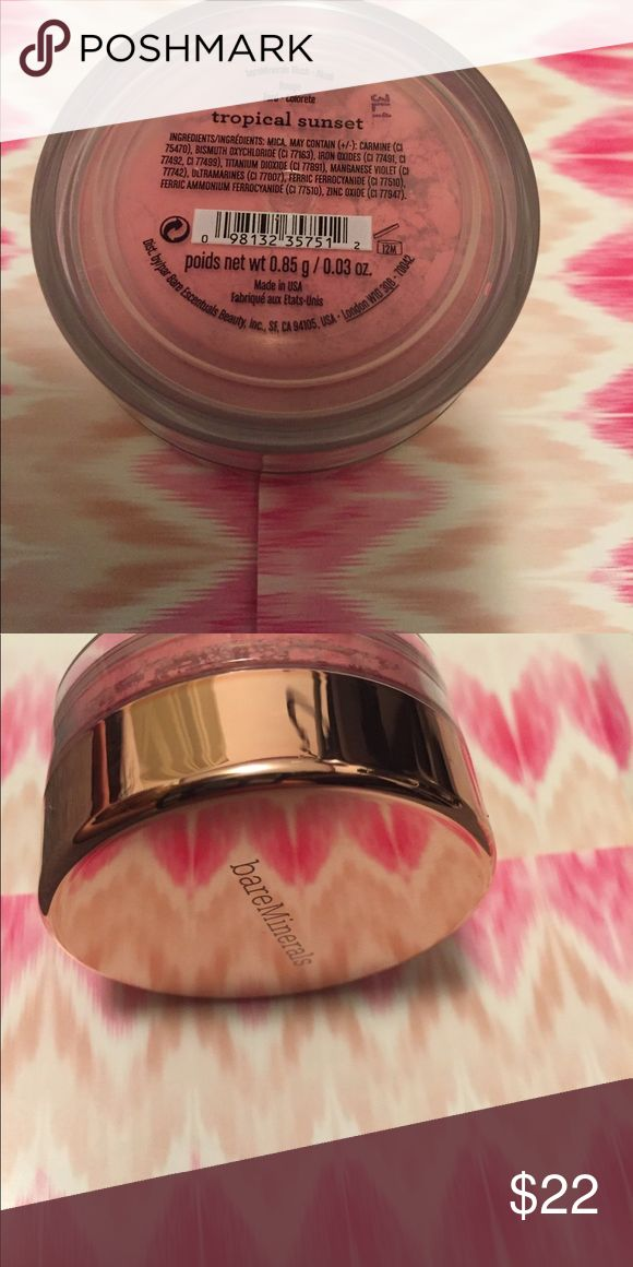 NWT BareMinerals limited ed Tropical Sunset blush 0.85g/0.03oz brand new from a smoke free home. Limited ed Rose Gold mirrored lid. bareMinerals Makeup Blush
