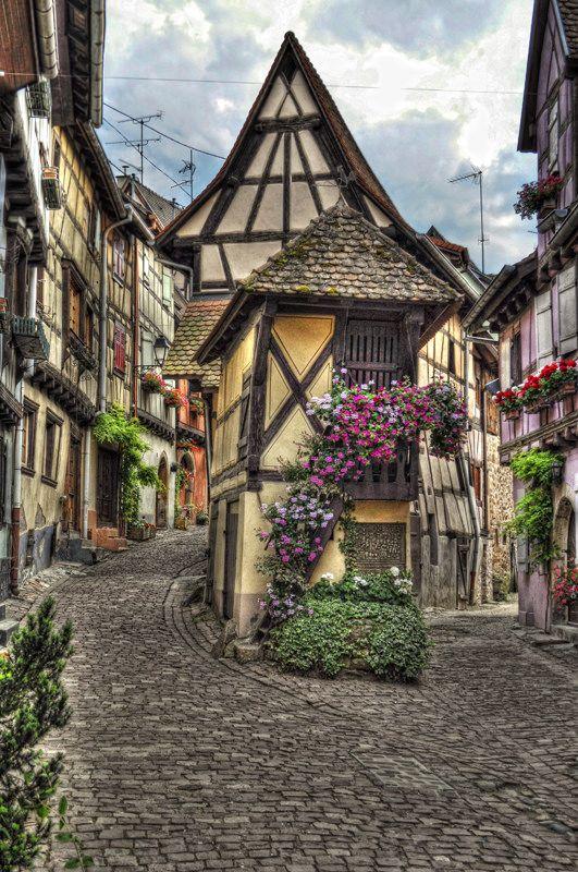 Eguisheim, Alsace, France DE PELICULA